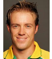 AB de Villiers helped himself to an unbeaten 160 at Cape Town