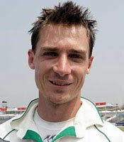 Dale Steyn took 3 for 8 in 4 overs
