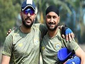 Yuvraj, Harbhajan lambast Chappell over Dhoni 'best finisher' claim