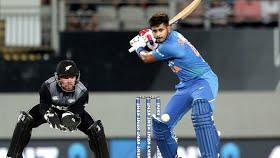 India vs New Zealand: Iyer, Rahul slam fifties as India chase 204